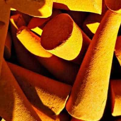 5 Stück Riesenräucherkegel Orange-Myrrhe