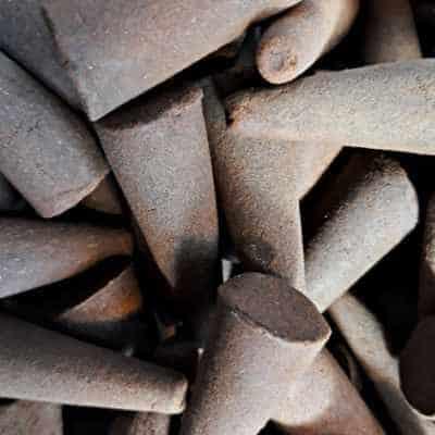 5 Stück Riesenräucherkegel Sandelholz